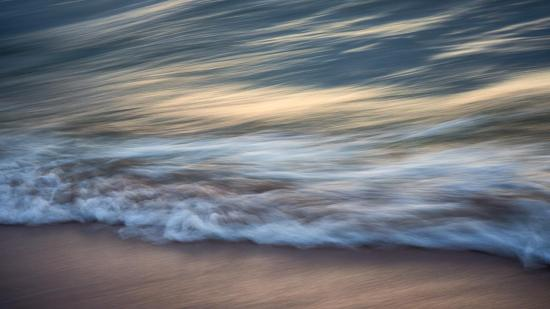 Il suffit de porter son regard sur les vagues